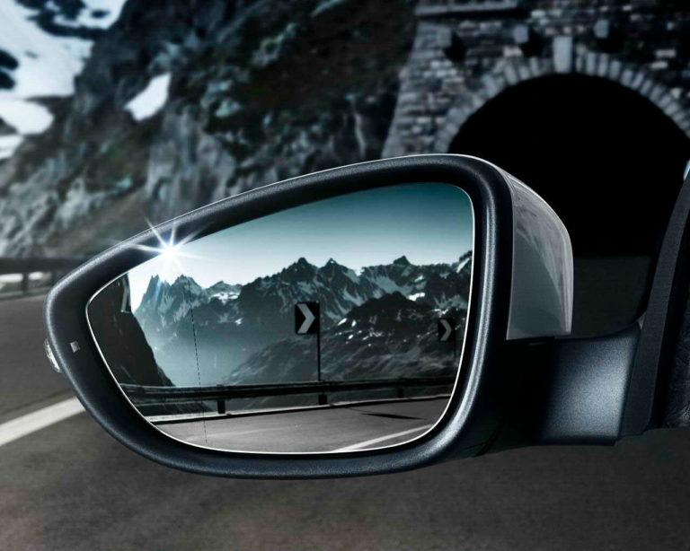 Wann soll man die Fahrzeugspiegel ausrichten?