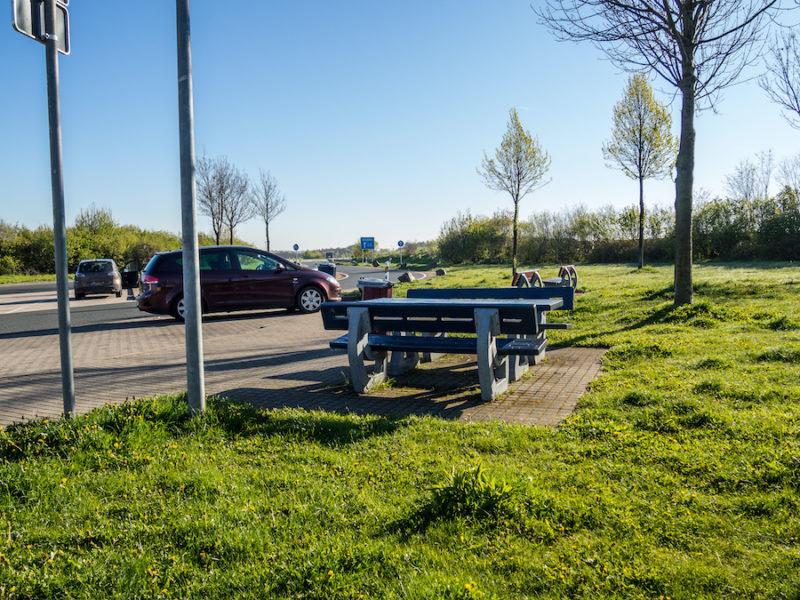 Autobahnkreuze und -verkehr, Servicebereich, Ausfahrten
